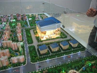 מודל עיר העתיד האקולוגית של BYD - צילום: אילן אהרון