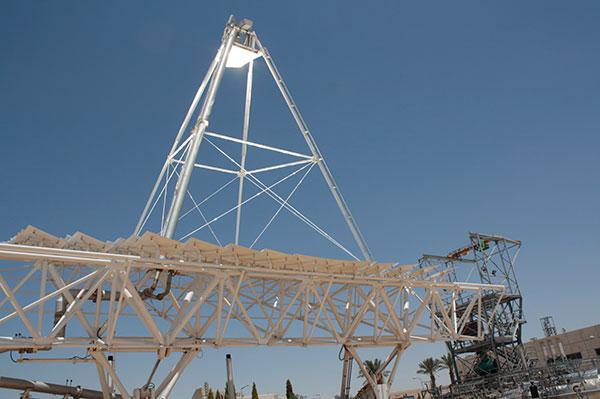 מתקן החלוץ של הליופוקוס במישור רותם, צילום: חגי אנסון