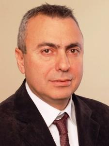 """יוסי דיין, סמנכ""""ל הטכנולוגיות של APC ישראל, מקבוצת שניידר אלקטריק צילום: יח""""צ"""