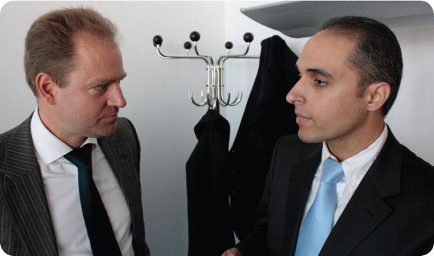 """דר' אברהארד פון רוטנברג, מנכ""""ל תחום האנרגיה ב- BDI (משמאל) ואורן הרמבם מנהל ועדת האנרגיה בהתאחדות התעשיינים - צילום: חגי אנסון"""