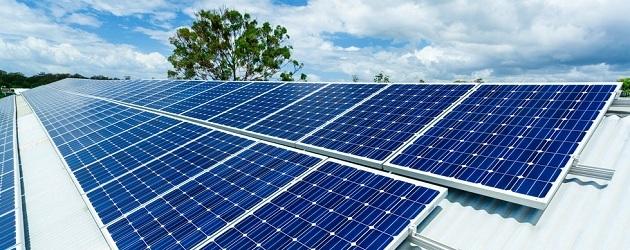 אנרגיה סולארית, מונה נטו. פאנלים סולאריים. שאטרסטוק
