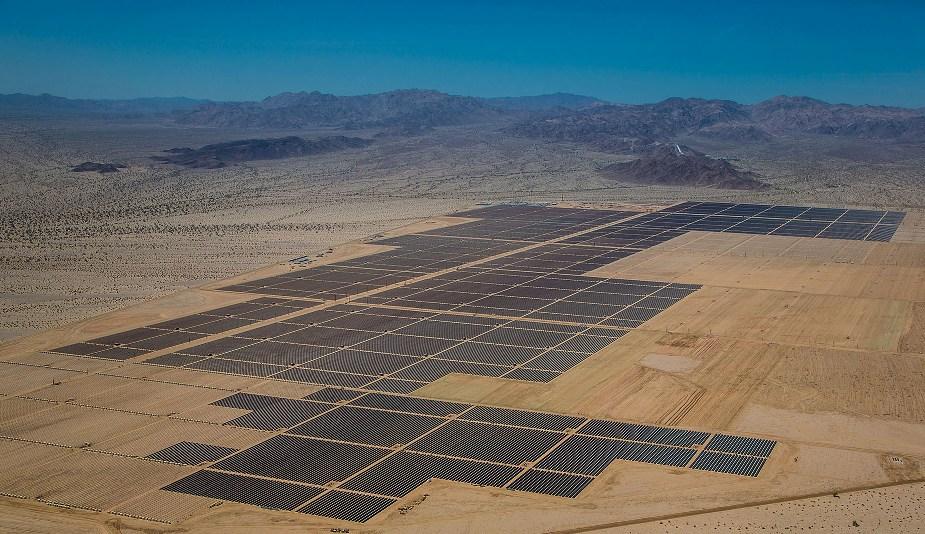 השדה הסולארי Desert Sunlight בקליפורניה, בעל תפוקה של 550 מגה-וואט