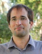 """ד""""ר דניאל מדר, יועץ מדעי"""