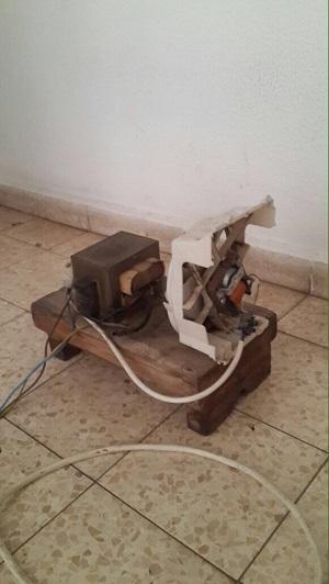 המכשיר החשמלי שמצאה המשטרה בקרית גת. צילום: דוברות משטרת לכיש