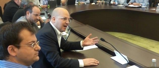 """אסי לוינגר, מנכ""""ל אנרג'יקס. דיון ועדת הכלכלה לקידום אנרגיות מתחדשות. צילום: ארנון מעוז, תשתיות"""