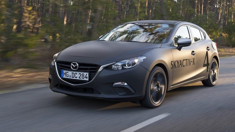 האם מכוניות חשמליות מזהמות יותר או פחות ? תלוי את מי שואלים…