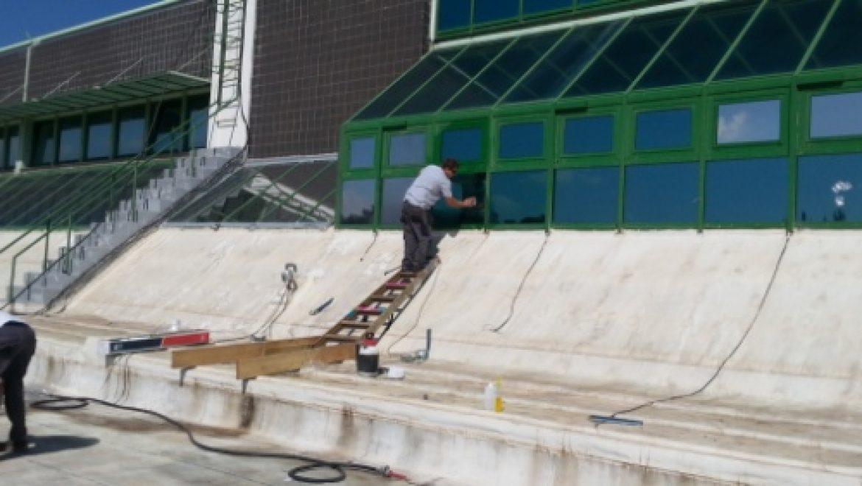 ציפויי חלונות לחסכון בצריכת המזגן – עכשיו גם בבנייני חברת החשמל