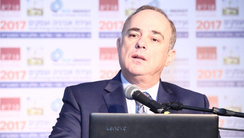 """משרד האנרגיה יחלק מענקים להקמת תחנות תדלוק בגז טבעי דחוס בסך של 100 מיליון ש""""ח."""