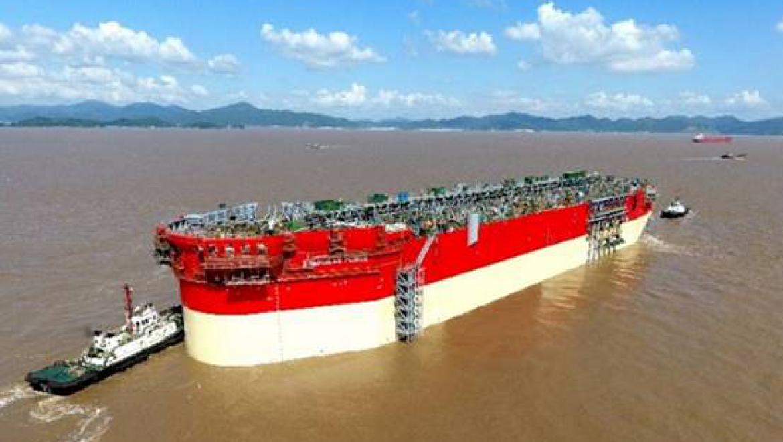 גוף האסדה הצפה (FPSO) של אנרג'יאן יצא ביום ו' האחרון מהמספנה בסין לעבר סינגפור להרכבת המבנה העילי