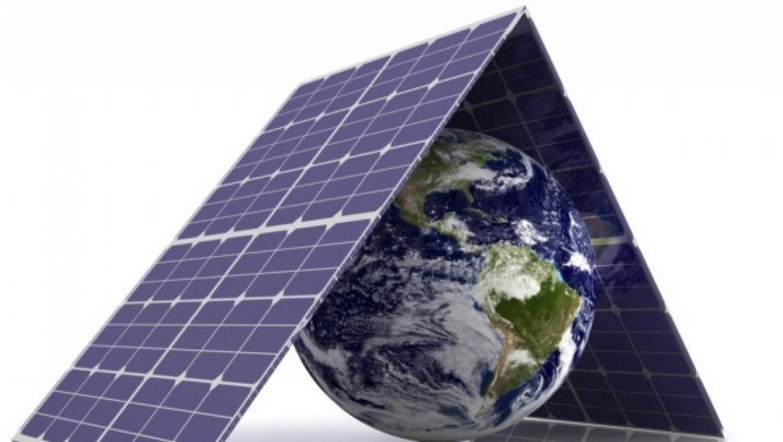 ההשקעה בענף האנרגיה העולמי יורדת – אנרגיה נקייה תופסת נתח גדול יותר