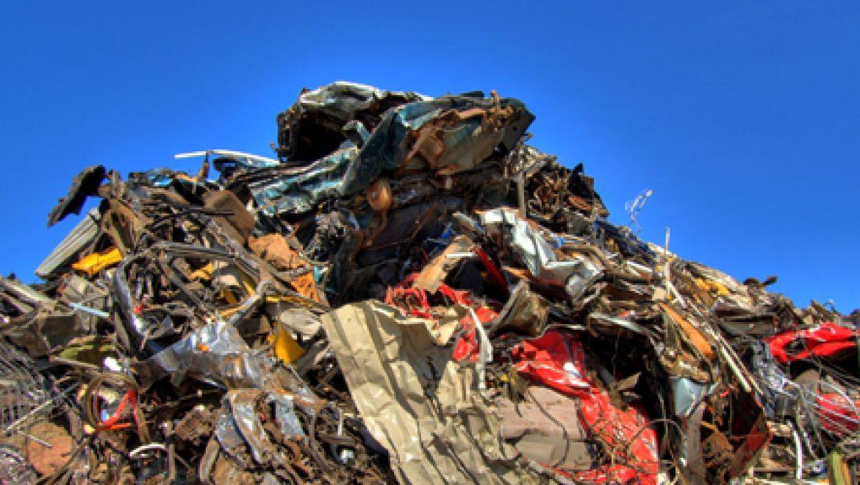 המשרד להגנת הסביבה נאבק בשריפת פסולת פיראטית