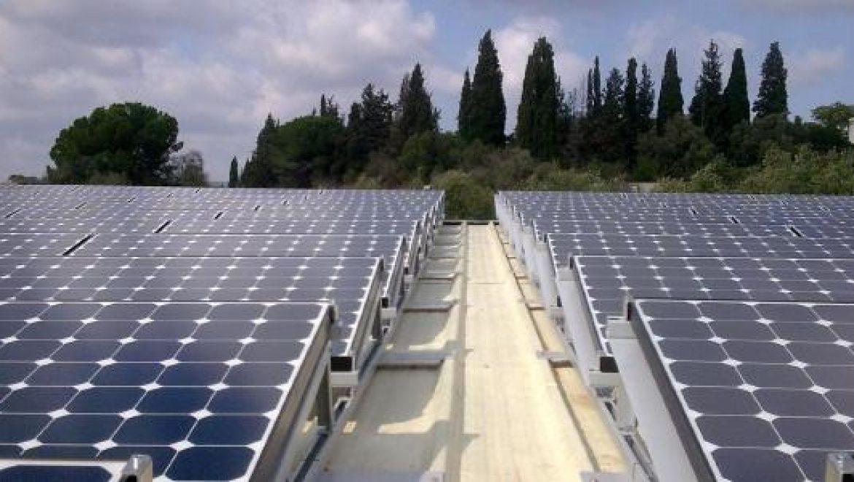 """רשות החשמל פרסמה שימוע ל- 40 מגה-וואט של מערכות סולאריות עסקיות בתעריף של 1.55 ש""""ח לשנת 2010"""