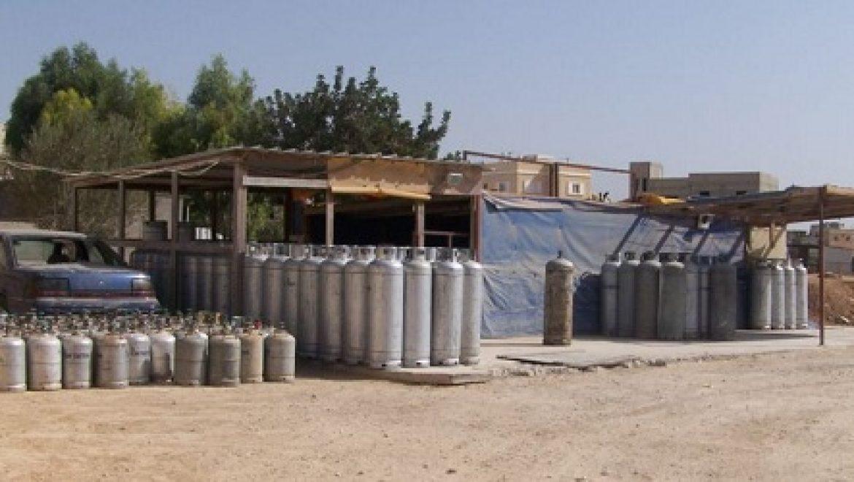 170 מיכלי גז מאולתרים נתפסו בלב שכונת מגורים ברהט