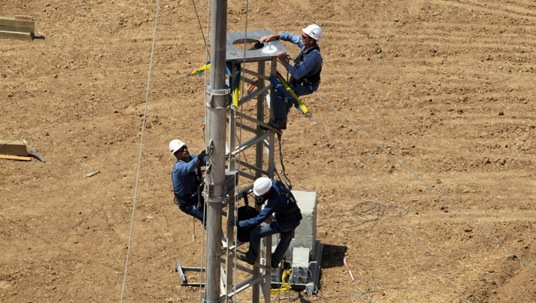 חברת החשמל נערכת לחורף סוער: תרגלה הקמה מהירה של מעקפים לקווי מתח גבוה