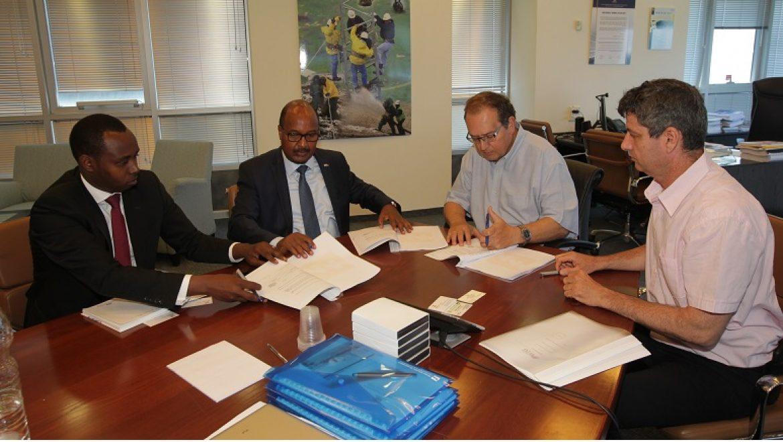 חברת החשמל תסייע בפיתוח משק החשמל של רואנדה