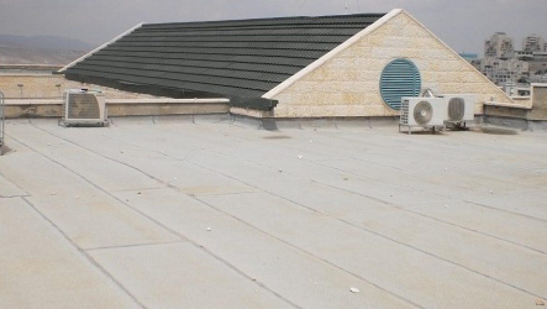 עיריית מעלה אדומים פרסמה מכרז להשכרת 17 גגות מבני ציבור למערכות סולאריות