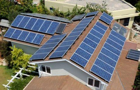 שיתוף הפעולה של העשור: סולאראדג' תפתח עם טסלה פתרונות אחסון סולאריים
