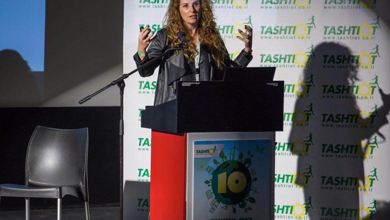 """מנהלת שוק ישראל של סולאראדג' טכנולוגיות בכנס העשור לאנרגיות מתחדשות: """"גאה לעבוד בישראל"""""""