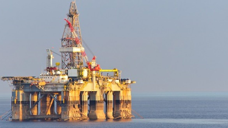 """פרופ' ערן פייטלסון לשר התשתיות עוזי לנדאו: """"חוק הנפט מיושן, יש לשנות אותו, במהרה"""""""