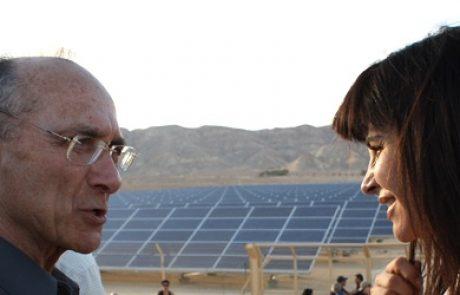 """ח""""כ עינת וילף """"ישראל משלמת במחירי החשמל על הזנחת האנרגיות המתחדשות"""""""