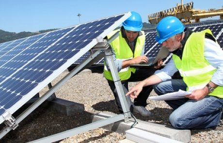 8.1 מיליון עובדים בתעשיית האנרגיה המתחדשת ברחבי העולם