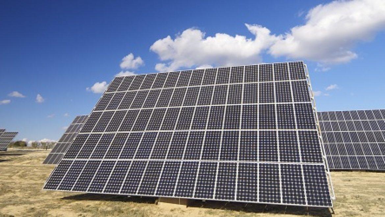 גאנה תוסיף 600 MW של אנרגיה סולארית לרשת החשמל המקומית