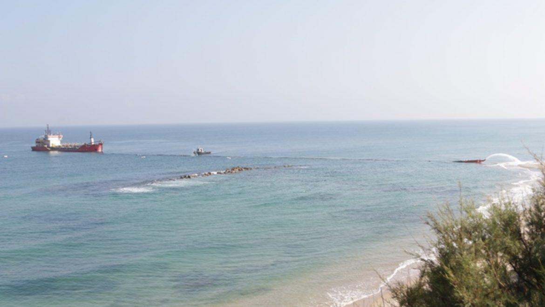 היום: הפגנה להצלת חופי בת ים