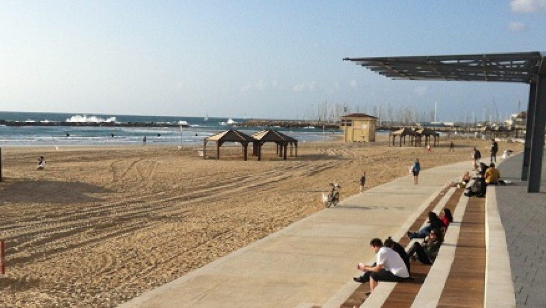 """צלול: חופי תל אביב אינם ראויים לתו תקן סביבתי בינ""""ל"""