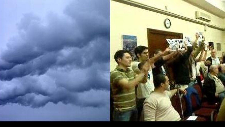 פעילי מגמה ירוקה פוצצו את ישיבת עיריית חיפה במחאה על הזיהום בעיר