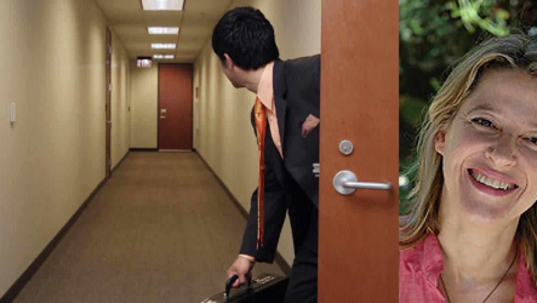 אתגרים ניהוליים בעידן חוסר הוודאות בענף הסולארי – מה לעשות כשהעובדים שלכם בורחים