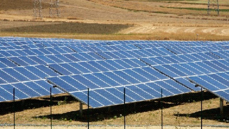 ירדן יוצאת למכרז גדול בתחום אנרגיית הרוח והשמש