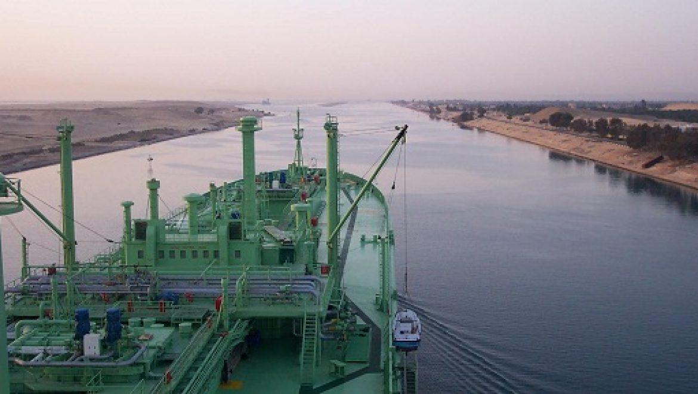 מצרים: תגבור סביב תעלת סואץ בנסיון למנוע חסימת המיכליות