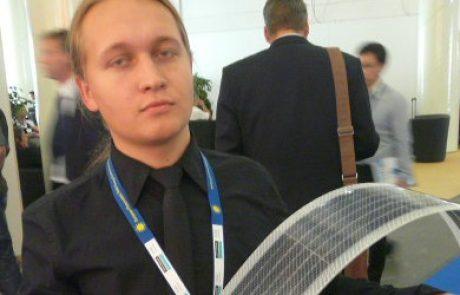 בלעדי מתערוכת PVSEC: פאנל רוסי גמיש