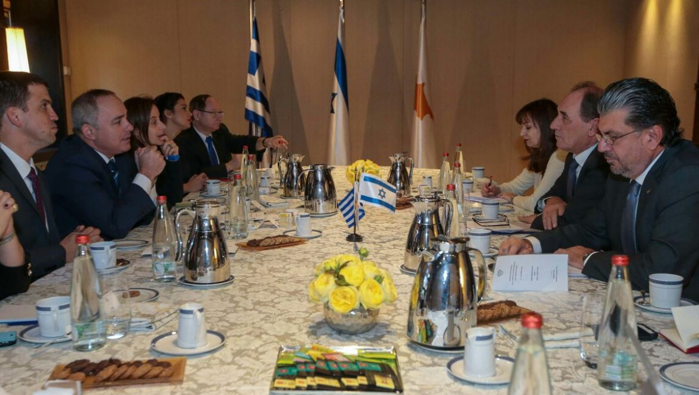 שרי האנרגיה של ישראל, קפריסין ויוון נפגשו לקידום הקמת צינור גז טבעי משותף
