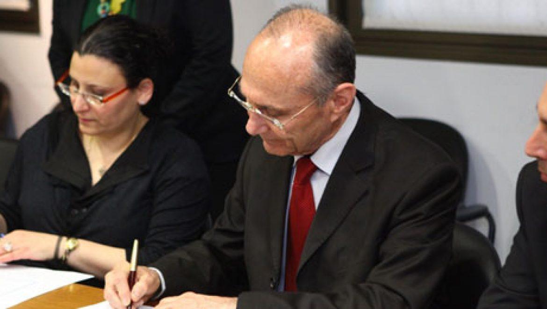 נחתם ההסכם להקמת תחנת הכוח הפוטו-וולטאית במתחם אשלים