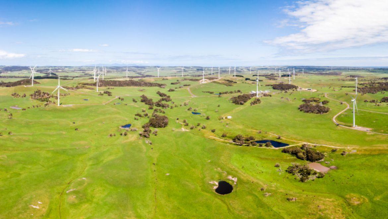 פרוייקטים בתחום הרוח והאנרגיה הסולארית באוסטרליה עשויים להתארך עד שבע שנים