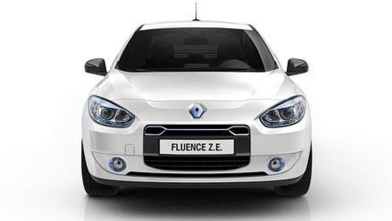 רנו מציגה: פלואנס ZE – מכונית חשמלית יוקרתית