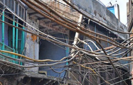 הפסקת חשמל בצפון הודו הותירה 300 מיליון אזרחים ללא חשמל