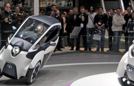 תכירו את i-road: רכב אישי תלת גלגלי וחשמלי של טויטה