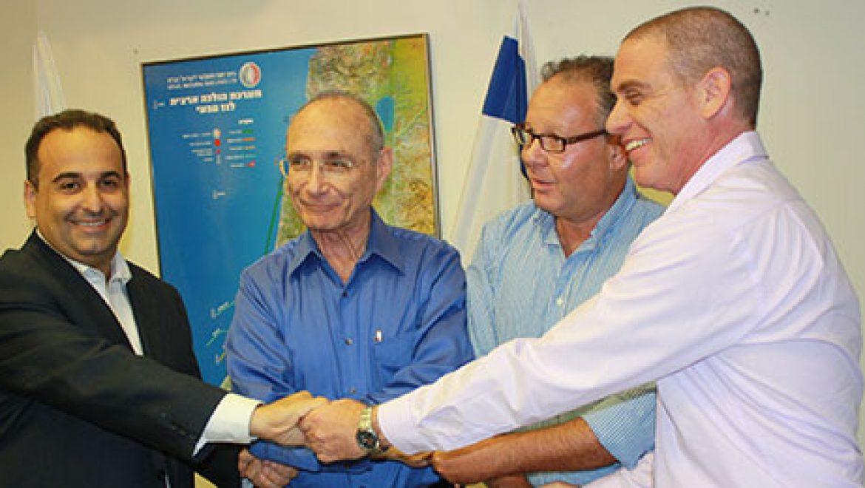 מזרימים חמצן לפיניציה: נחתם הסכם אספקת גז טבעי למפעל