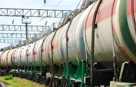 """ארה""""ב שוקלת מעבר לרכבות המונעות בגז טבעי"""