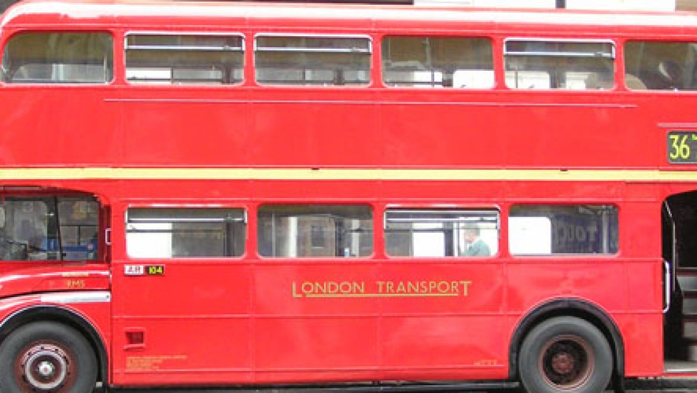 אוטובוס מימני ראשון הושק בלונדון