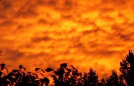 """נאס""""א מפתחת מגן סולארי נגד סופת שמש עבור רשת החשמל האמריקאית"""