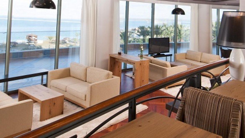 חלון לחיסכון: פרוייקט התייעלות אנרגטית במלון רימונים ים המלח