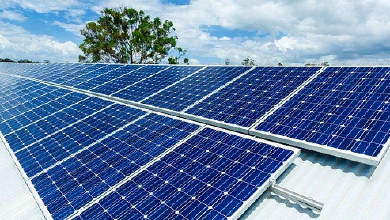בטריית ליתיום חדשה תאגור אנרגיה עבור מערכות סולאריות ביתיות
