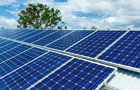 """בעקבות """"צוק איתן"""": רשות החשמל החשמל מאריכה לעשרות מתקנים סולאריים בעוטף עזה את זמני העמידה באבני הדרך"""