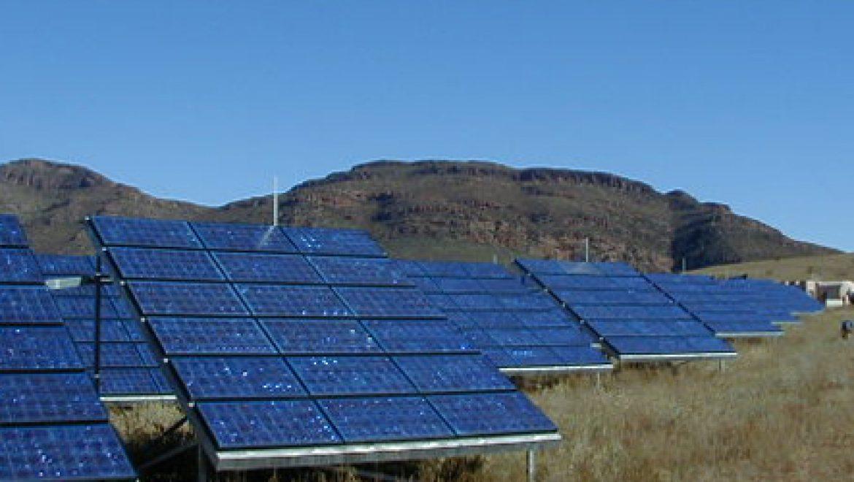 """דו""""ח מיוחד של מנכ""""ל משרד האוצר לשעבר קובע: השקעה באנרגיה סולארית משתלמת לטווח הארוך"""