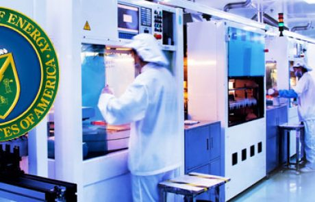 למרות המשבר הכלכלי: משרד האנרגיה האמריקאי מעניק 145 מיליון דולר לפרויקטים ופיתוחים בתחום הסולארי