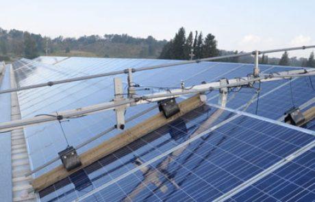 סטפי פיתוח משיקה מערכת אוטומטית לניקוי פאנלים סולארים