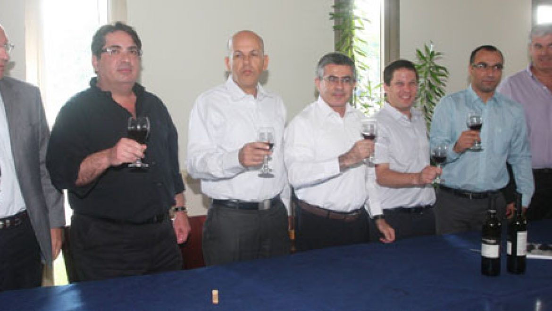 נחתם הסכם אספקת הגז הטבעי בין חברת החשמל לשותפות תמר